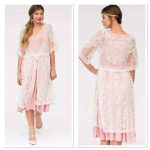 Agnes and Dora vintage lace duster